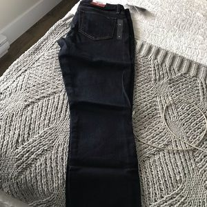 Brand New Tommy Hilfiger Jeans